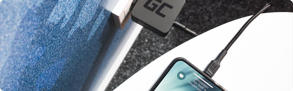 Come devo caricare correttamente la batteria del mio telefono?